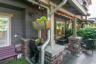 "Photo 18: 133 600 PARK Crescent in New Westminster: GlenBrooke North Townhouse for sale in ""Roycroft"" : MLS®# R2178997"