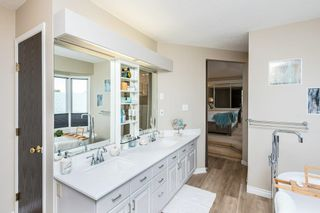 Photo 37: 10128 160 Avenue in Edmonton: Zone 27 House for sale : MLS®# E4247590