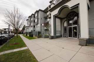 """Photo 2: 108 6475 CHESTER Street in Vancouver: Fraser VE Condo for sale in """"Southridge House"""" (Vancouver East)  : MLS®# R2439801"""