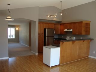 Photo 4: 23640 KANAKA Way in MAPLE RIDGE: Home for sale