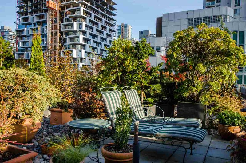 FEATURED LISTING: 708 - 1500 HORNBY Street Vancouver