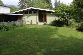Photo 4: 3988 PHYLLIS Road in North Vancouver: Lynn Valley House for sale : MLS®# R2373907
