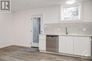 Photo 7: 842 MAPLEWOOD AVENUE in Ottawa: House for rent : MLS®# 1265782