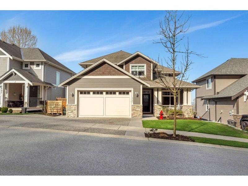 FEATURED LISTING: 3703 HAJULA Court Abbotsford