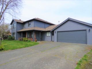 """Photo 9: 5323 LAUREL Gate in Delta: Hawthorne House for sale in """"VICTORY SOUTH"""" (Ladner)  : MLS®# R2397995"""