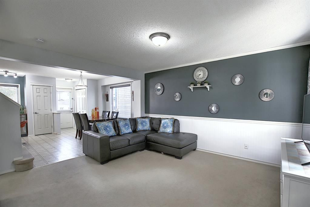 Photo 15: Photos: 646 EVERMEADOW Road SW in Calgary: Evergreen Detached for sale : MLS®# A1023171