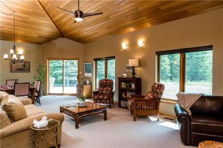 Photo 3: 26060 Hillside Road in Springfield Rm: RM of Springfield Residential for sale (R04)  : MLS®# 1904924