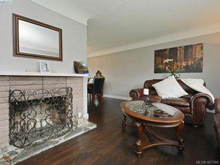 Photo 6: 593 Agnes St in VICTORIA: SW Glanford Half Duplex for sale (Saanich West)  : MLS®# 809610