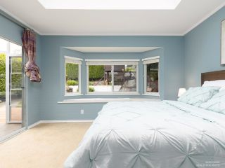 Photo 10: 206 W 23RD Street in North Vancouver: Central Lonsdale House for sale : MLS®# R2605422