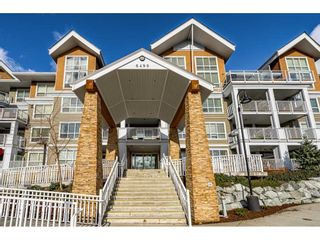 """Photo 39: 410 6490 194 Street in Surrey: Cloverdale BC Condo for sale in """"WATERSTONE"""" (Cloverdale)  : MLS®# R2535628"""