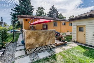Photo 33: 21 WHITE OAK Crescent SW in Calgary: Wildwood Detached for sale : MLS®# A1026011