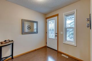 Photo 4: 130 Somerset Circle SW in Calgary: Somerset Detached for sale : MLS®# A1139543