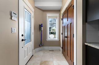 Photo 5: 10654 65 Avenue in Edmonton: Zone 15 House Half Duplex for sale : MLS®# E4266284