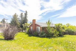 Photo 4: 1927 Briar Crescent NW in Calgary: Hounsfield Heights/Briar Hill Detached for sale : MLS®# A1065681