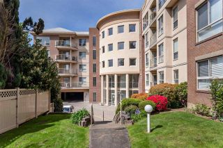 """Photo 5: 410 33731 MARSHALL Road in Abbotsford: Central Abbotsford Condo for sale in """"Stephanie Place"""" : MLS®# R2590546"""