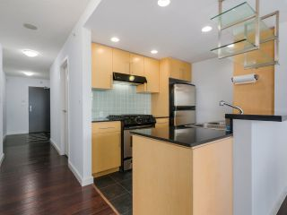 Photo 12: 3002 583 BEACH CRESCENT in Vancouver: Yaletown Condo for sale (Vancouver West)  : MLS®# R2043293