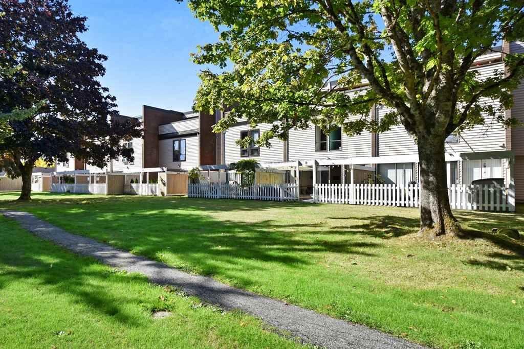 "Main Photo: 99 10200 4TH Avenue in Richmond: Steveston North Townhouse for sale in ""Manoah Village"" : MLS®# R2308136"