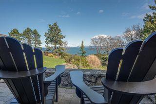 Photo 2: 4403 Shore Way in Saanich: SE Gordon Head House for sale (Saanich East)  : MLS®# 839723