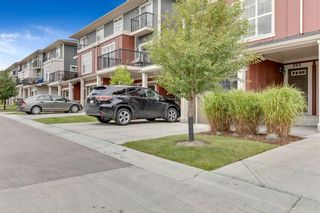 Photo 2: 303 428 Nolan Hill Drive NW in Calgary: Nolan Hill Row/Townhouse for sale : MLS®# A1141583