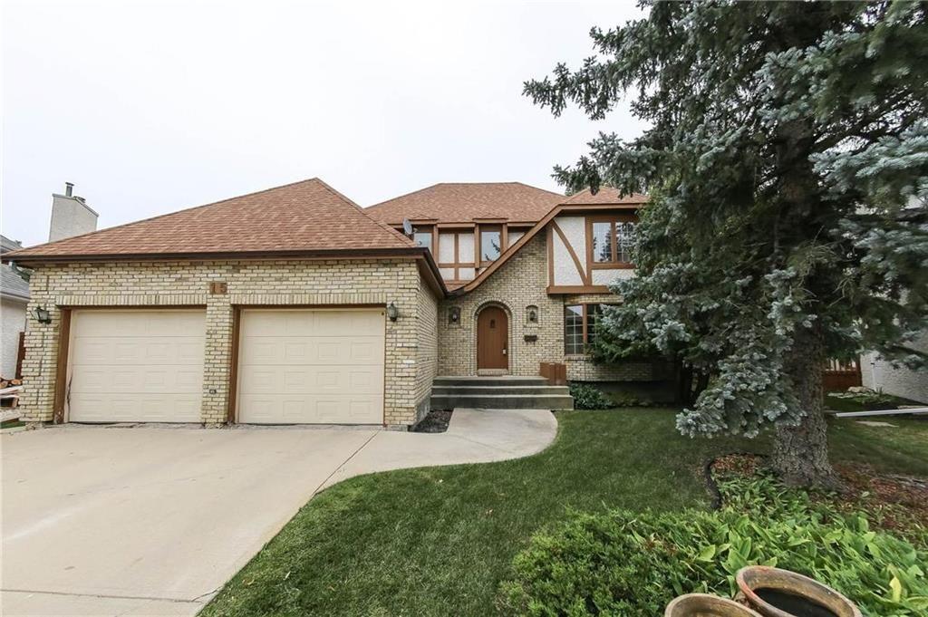 Main Photo: 15 Haddington Bay in Winnipeg: Residential for sale (1G)  : MLS®# 202023539