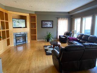 Photo 2: 819 TWIN BROOKS Close in Edmonton: Zone 16 House for sale : MLS®# E4249493