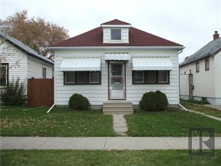 Photo 1: 429 Horace Street in Winnipeg: Norwood Residential for sale (2B)  : MLS®# 1827586