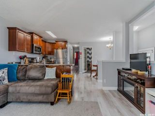 Photo 5: 3918 Diefenbaker Drive in Saskatoon: Confederation Park Residential for sale : MLS®# SK870637