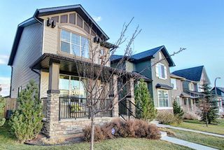 Photo 2: 82 Nolan Hill Drive NW in Calgary: Nolan Hill Detached for sale : MLS®# A1042013