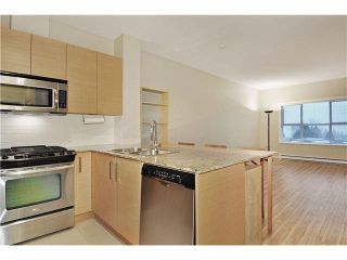 """Photo 6: 408 5775 IRMIN Street in Burnaby: Metrotown Condo for sale in """"MACPHERSON WALK"""" (Burnaby South)  : MLS®# V1097253"""