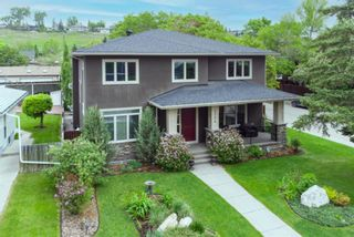 Photo 4: 2204 6 Avenue NW in Calgary: West Hillhurst Detached for sale : MLS®# A1117923
