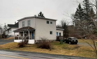 Photo 1: 7952 Highway #7 in Musquodoboit Harbour: 35-Halifax County East Residential for sale (Halifax-Dartmouth)  : MLS®# 202107270