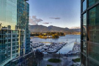 "Main Photo: 803 588 BROUGHTON Street in Vancouver: Coal Harbour Condo for sale in ""HARBOURSIDE PARK"" (Vancouver West)  : MLS®# R2553664"