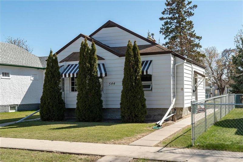 FEATURED LISTING: 544 Johnson Avenue East Winnipeg