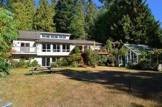 Photo 3: 1481 PARK Avenue: Roberts Creek House for sale (Sunshine Coast)  : MLS®# R2209232