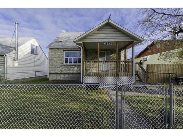Main Photo: 1587 Manitoba Avenue in WINNIPEG: North End Residential for sale (North West Winnipeg)  : MLS®# 1323768