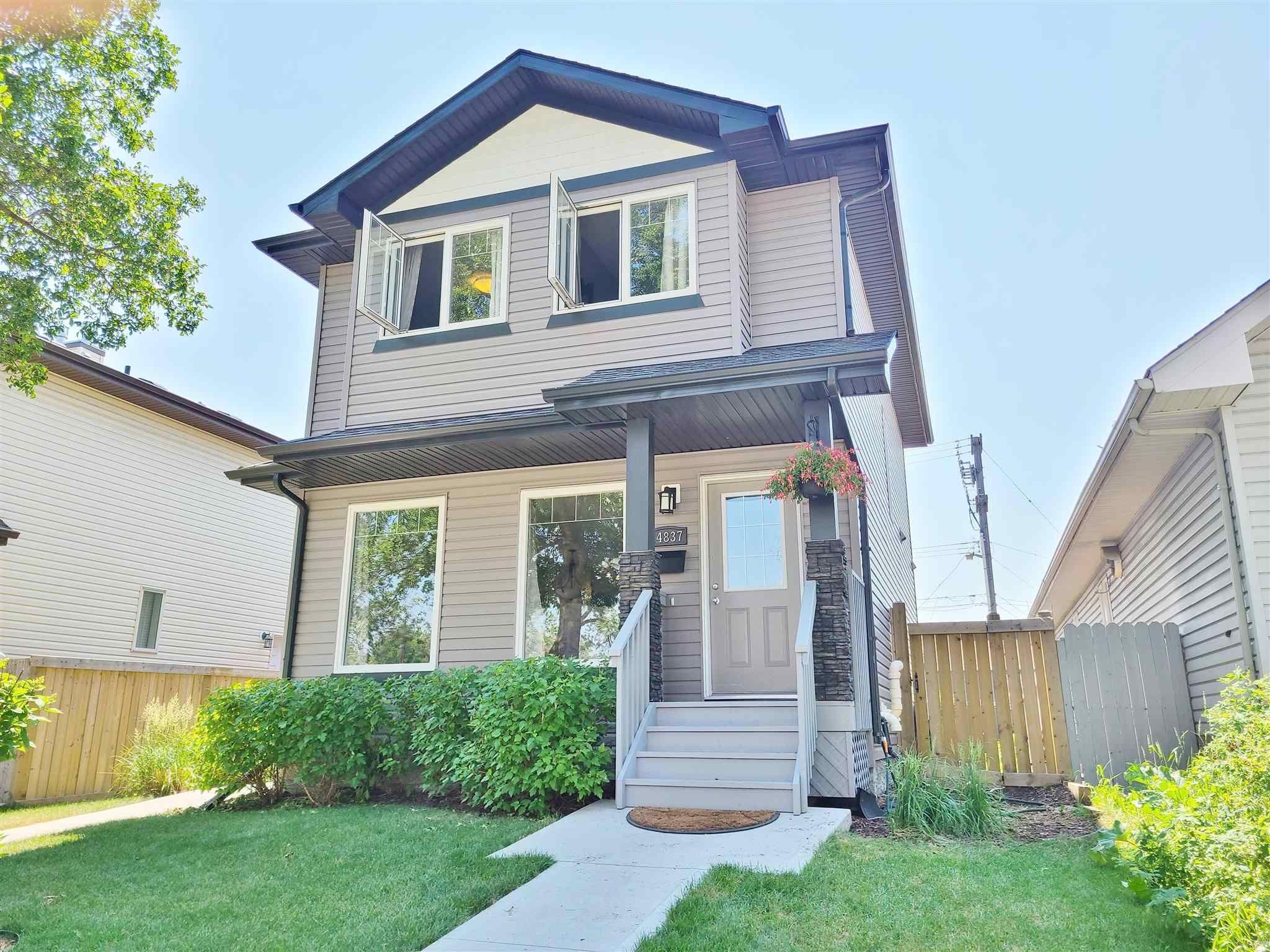 Main Photo: 14837 103 Avenue in Edmonton: Zone 21 House Half Duplex for sale : MLS®# E4254685