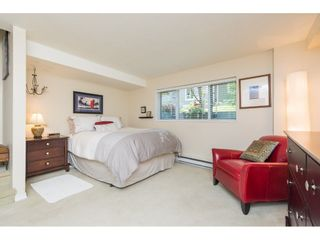 "Photo 16: 14838 BEACHVIEW Avenue: White Rock Townhouse for sale in ""Marine Court"" (South Surrey White Rock)  : MLS®# R2268720"