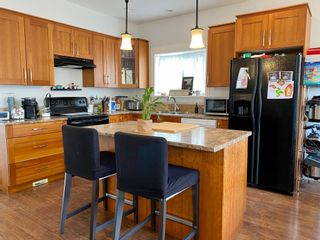 Photo 5: 888 Rowils Cres.  |  Home with Suite for sale in Langford