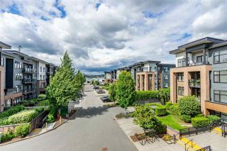 """Photo 16: 316 20068 FRASER Highway in Langley: Langley City Condo for sale in """"Varsity"""" : MLS®# R2473178"""