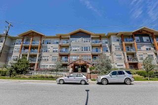"""Photo 1: 308 20219 54A Avenue in Langley: Langley City Condo for sale in """"Suede"""" : MLS®# R2526047"""
