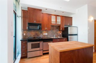 "Photo 13: 413 2515 ONTARIO Street in Vancouver: Mount Pleasant VW Condo for sale in ""Elements"" (Vancouver West)  : MLS®# R2354132"