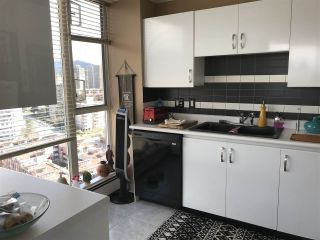 """Photo 12: 2403 120 W 2ND Street in North Vancouver: Lower Lonsdale Condo for sale in """"OBSERVATORY"""" : MLS®# R2252153"""