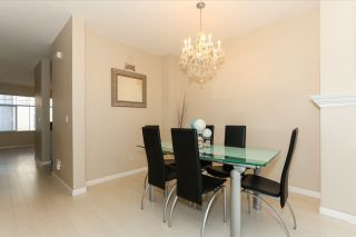 """Photo 10: 51 1010 EWEN Avenue in New Westminster: Queensborough Townhouse for sale in """"WINDSOR MEWS"""" : MLS®# R2017583"""