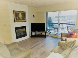 Photo 1: 203 1654 10TH Avenue in Prince George: Crescents Condo for sale (PG City Central (Zone 72))  : MLS®# R2520399