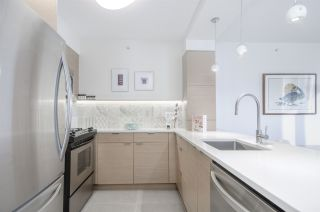 """Photo 7: 806 1438 RICHARDS Street in Vancouver: Yaletown Condo for sale in """"AZURA 1"""" (Vancouver West)  : MLS®# R2541755"""