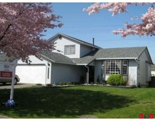 """Main Photo: 15435 95TH Avenue in Surrey: Fleetwood Tynehead House for sale in """"Berkshire Park"""" : MLS®# F2807317"""