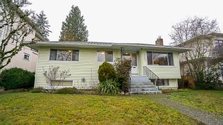 Photo 1: 3737 SOUTHWOOD Street in Burnaby: Suncrest House for sale (Burnaby South)  : MLS®# R2368984