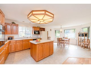 Photo 12: 1493 160A Street in White Rock: King George Corridor House for sale (South Surrey White Rock)  : MLS®# R2370241