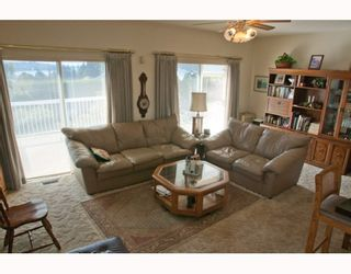 Photo 3: 303 ROCHE POINT Drive in North Vancouver: Roche Point House for sale : MLS®# V789231
