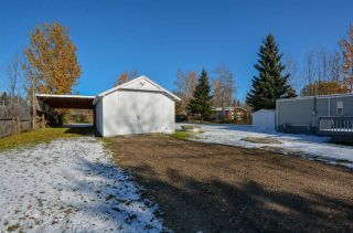 "Photo 2: 10928 POPLAR Avenue in Fort St. John: Fort St. John - Rural W 100th Manufactured Home for sale in ""CLAIRMONT SUBDIVISION"" (Fort St. John (Zone 60))  : MLS®# R2412337"